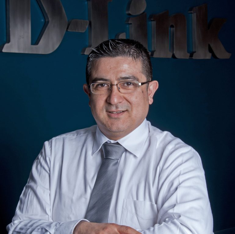 Claudio Torres, D-Link